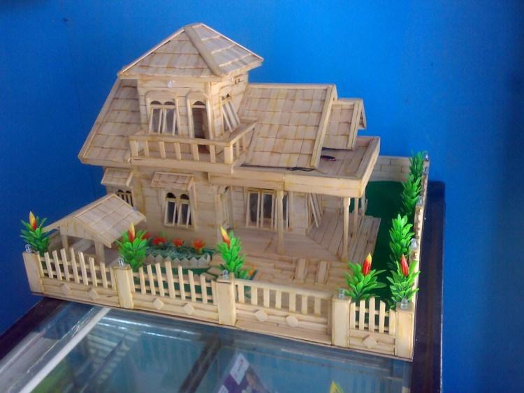 MINIATURE HOUSE OF STIK ICE CREAM 2