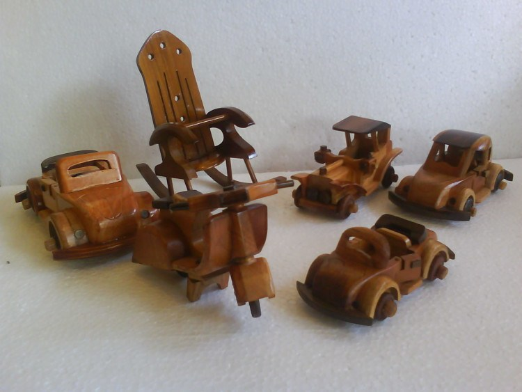 MINIATURE VEHICLES OF CRAFTS OF WOOD
