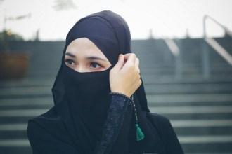 Kebengkokan Wanita Sebagaimana Tulang Rusuk