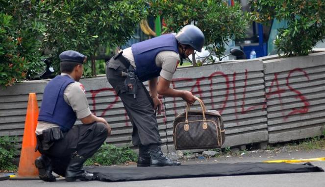 Trauma Bomb, Backpack Black Bikin Panic
